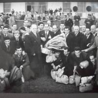 http://animales.rwanysibaja.com/thesis_photos/AFA/19541205_270.JPG